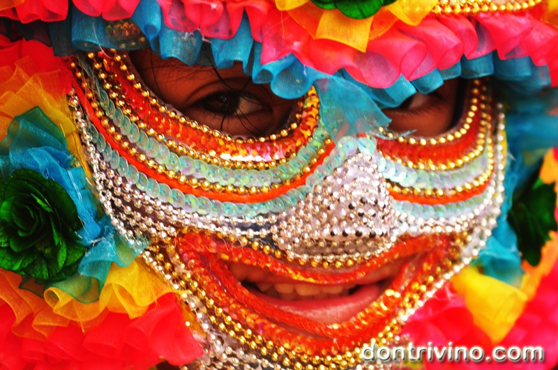 Photos of Bacolod's Masskara 2012 -Grade school and High School Division Part 4 of 4