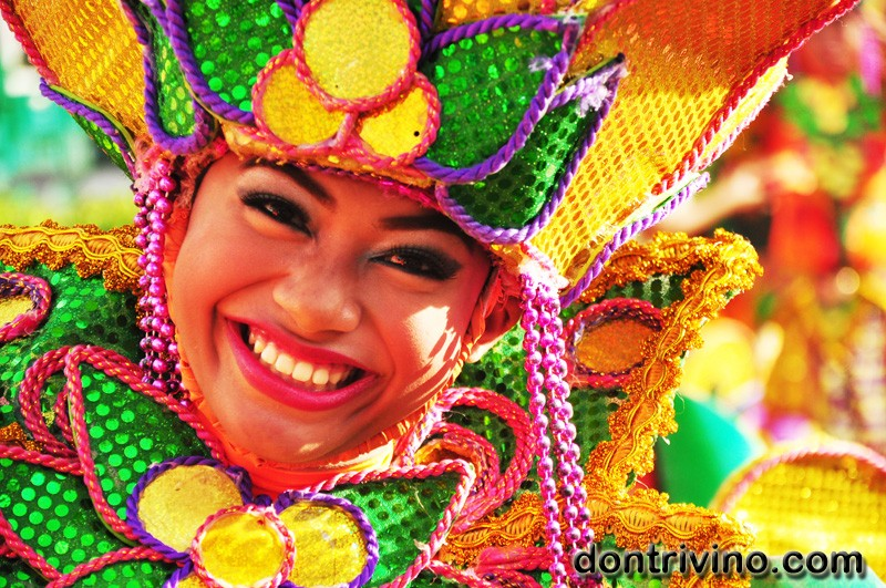Images of Sinulog Parade 2013 (part 1 of 4)